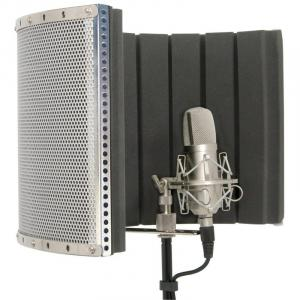 188.205 Mobile Studio Microphone Reflection Shield