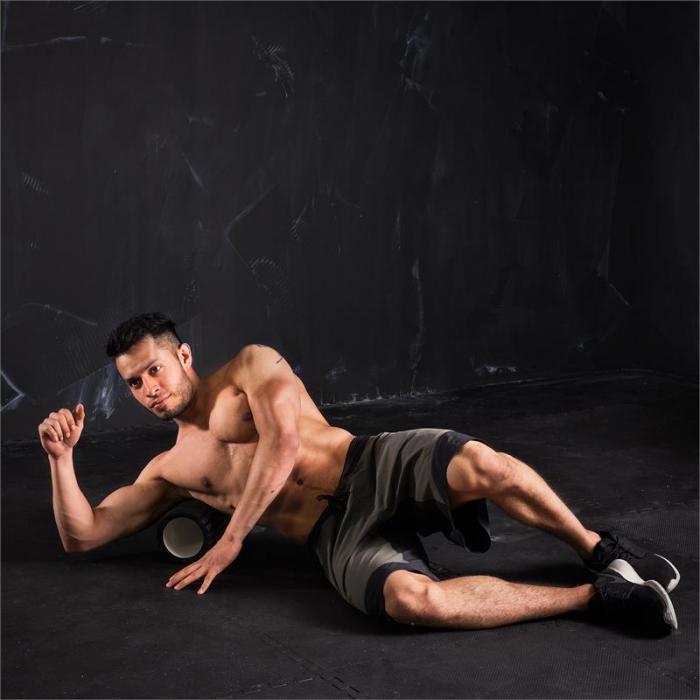 Caprole 1 Rullo per Massaggi 33 x 14 cm Nero