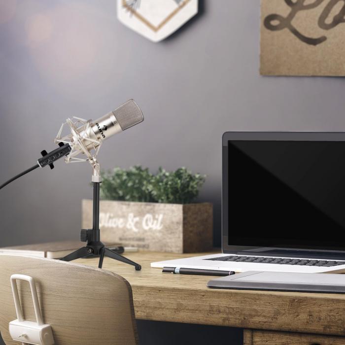 CM001S Set Microfono V1 Microfono a Condensatore Adattatore USB Stativo argento