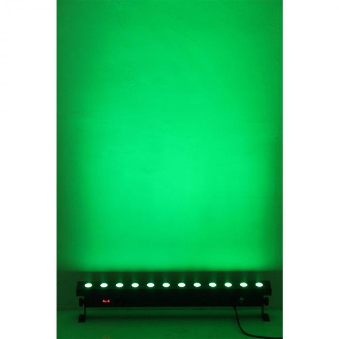 LCB216 Lichteffekt-Leiste 12 x 18 Watt 6-in-1 Hex-LED RGBAWUV DMX
