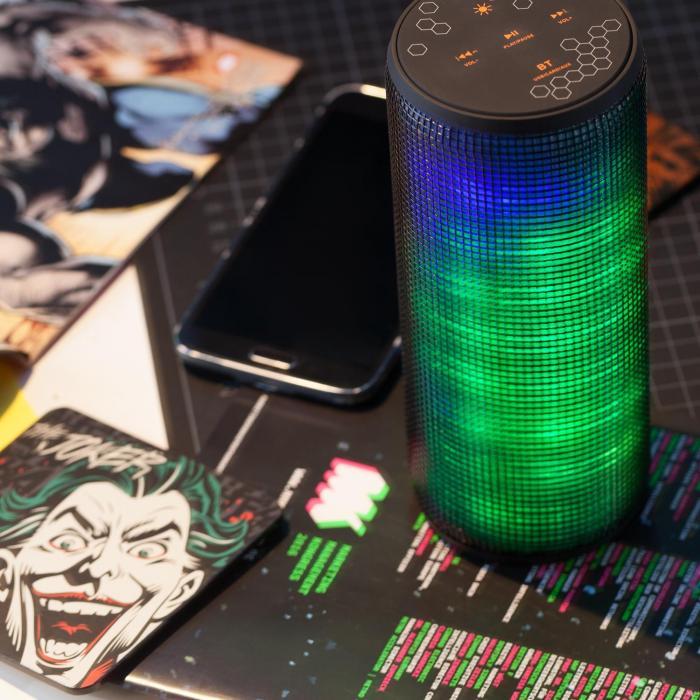 Dazzl pro johdoton Bluetooth 4.0 kaiutin LED-efekti USB Micro-SD