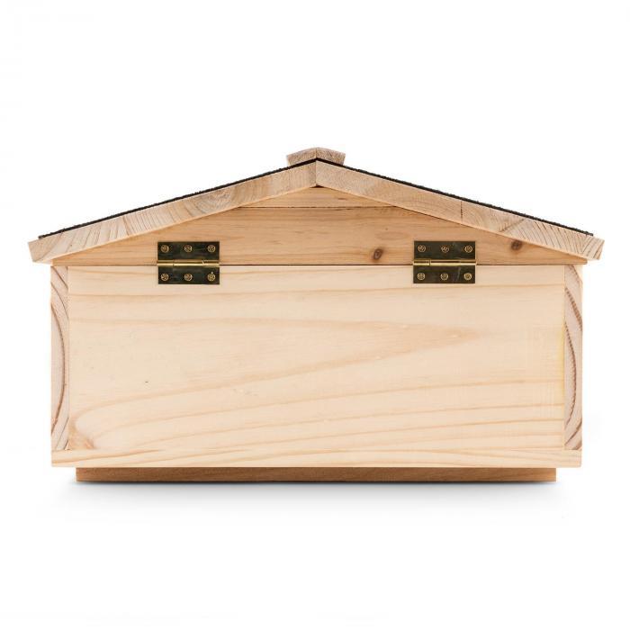 Stachelburg maison pour h rissons entr e labyrinthe bois for Massif entree maison