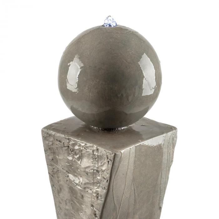 Trafalgar suihkulähde 1,5m LED kuitulasi-sementti 4,5kg Tuff