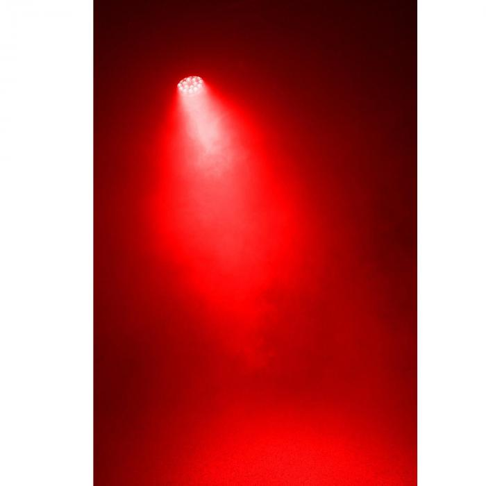 BPP210 Faro LED Par 64 18 x LED 12W 4-in-1 Incluso Telecomando