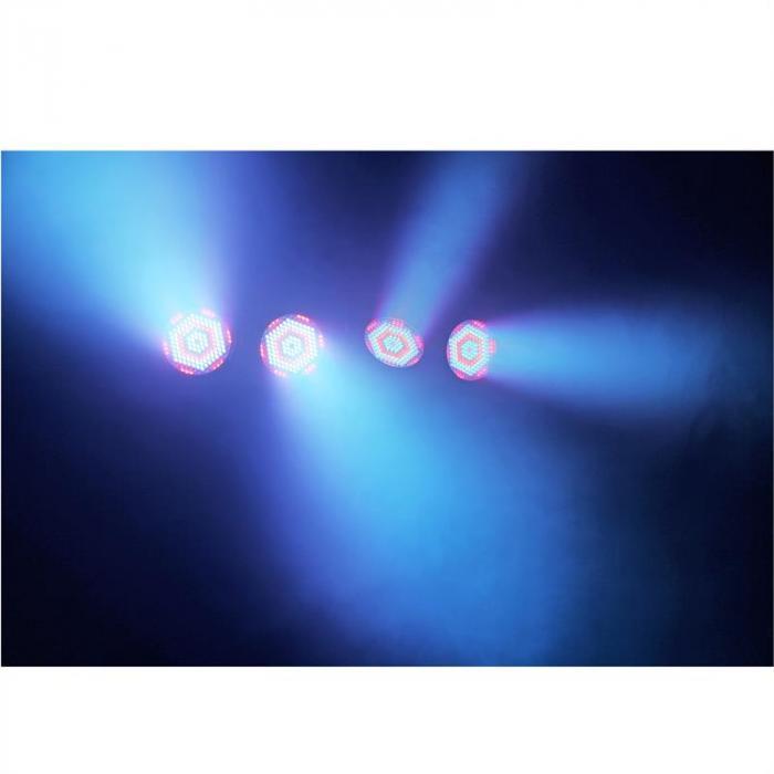 PARBAR 4 kpl paketti 186 x 10 mm RGBW LED-valot DMX T-palkit kuljetuskassi